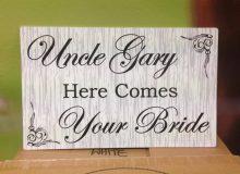 Wedding Sign Stripe Square